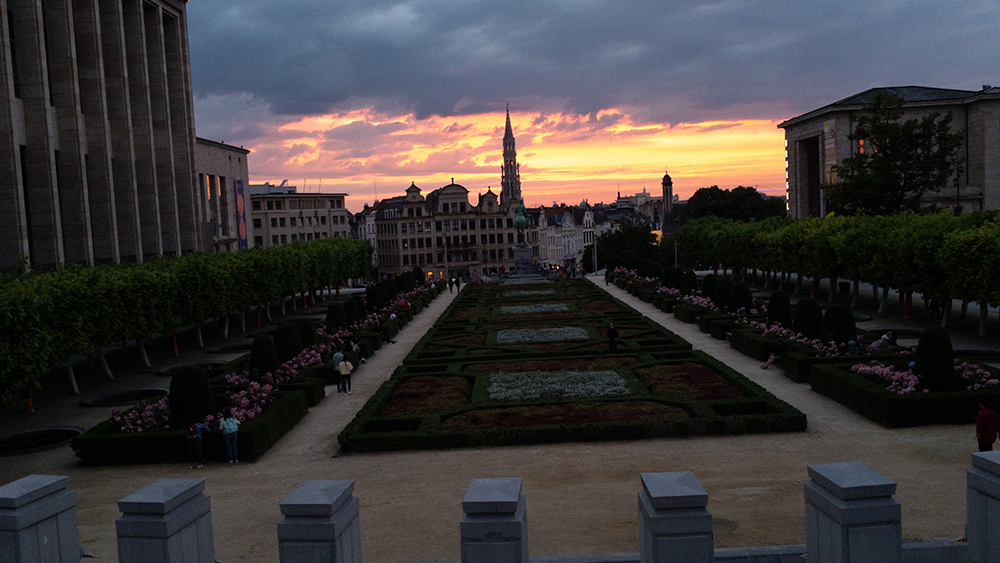 Brussels Mont Des Arts - iPhone 6S shot - SOOC Before editing