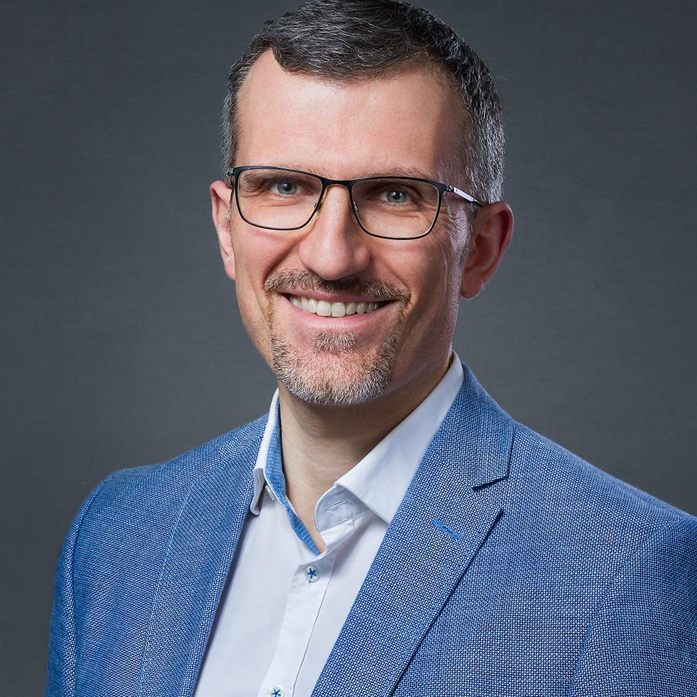 Entrepreneurial coach headshot Belgium
