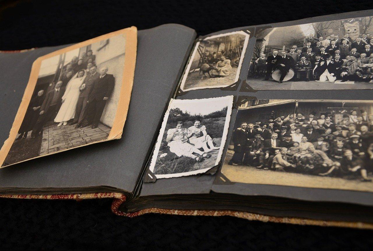 Album photo sepia